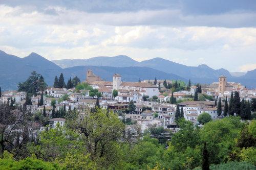 ¿Por qué Granada, España?